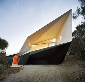 Origami-inspired Klein Bottle House; photo by John Gollings
